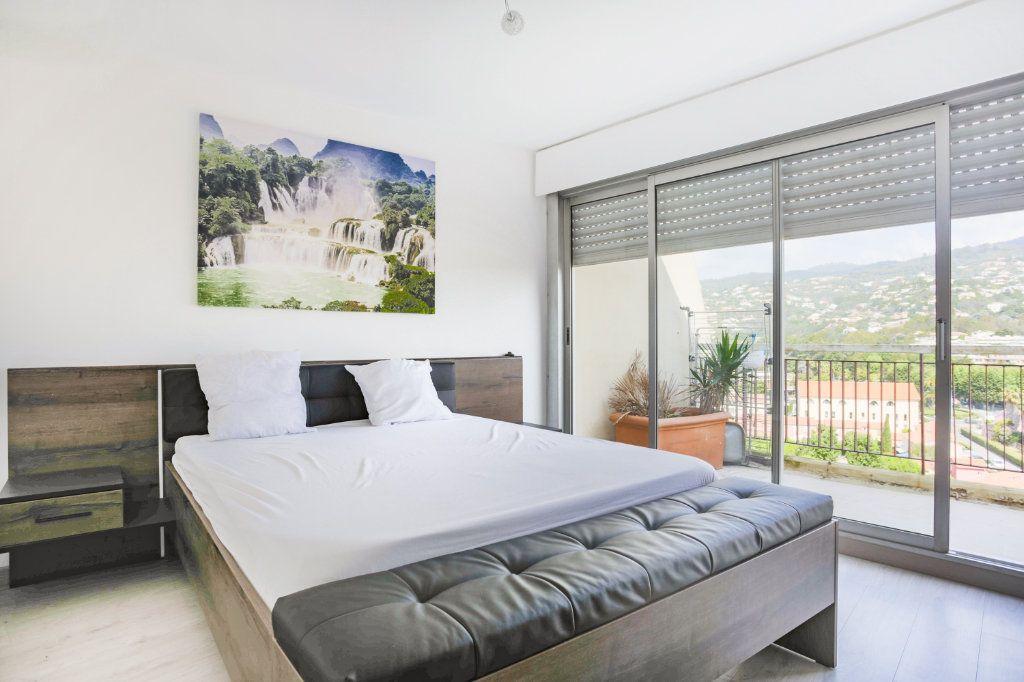 Appartement à louer 3 69.28m2 à Mandelieu-la-Napoule vignette-9