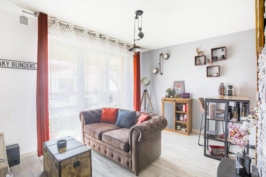 Appartement à vendre 2 36m2 à Mandelieu-la-Napoule vignette-1