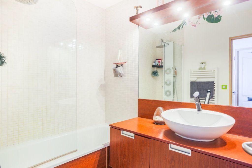 Appartement à vendre 2 36m2 à Mandelieu-la-Napoule vignette-5