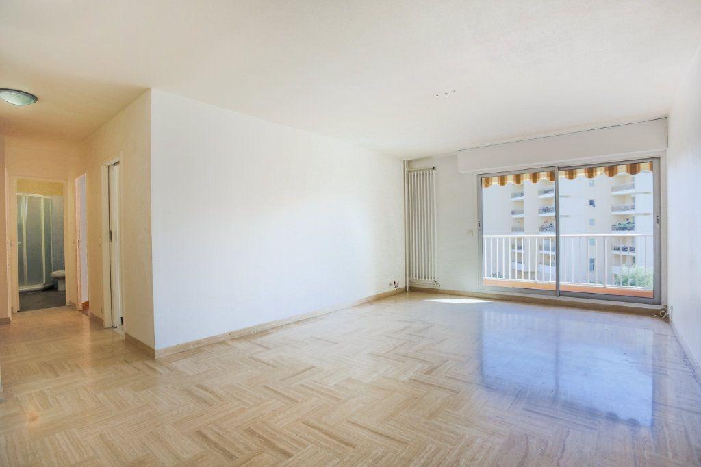 Appartement à louer 2 61m2 à Mandelieu-la-Napoule vignette-3
