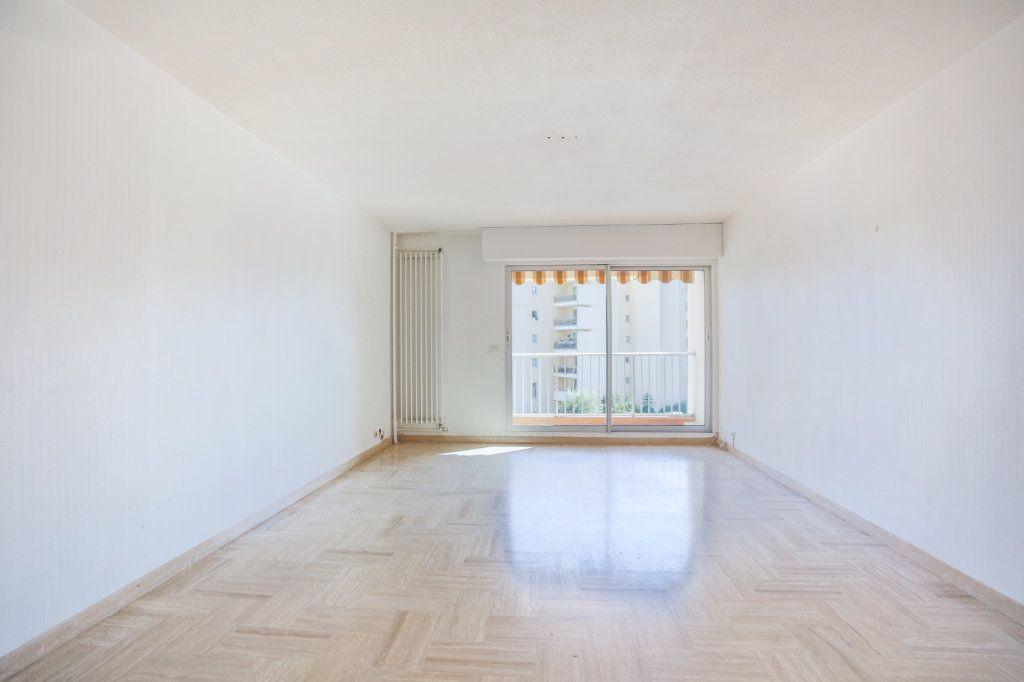 Appartement à louer 2 61m2 à Mandelieu-la-Napoule vignette-4