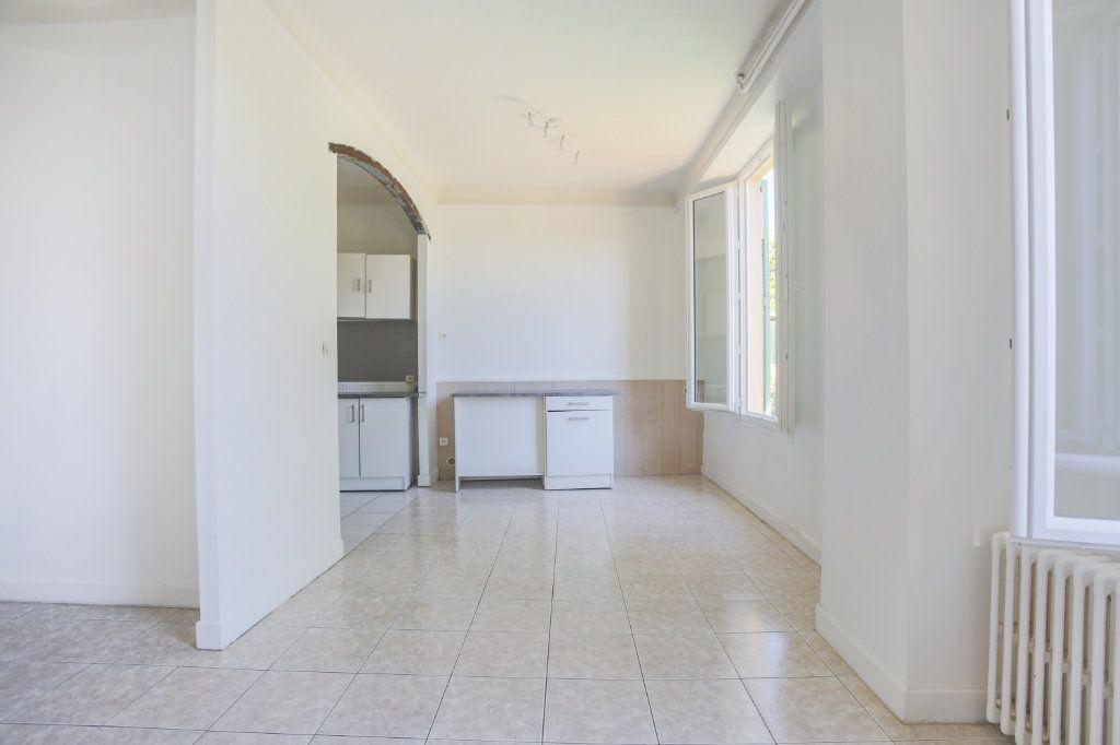 Appartement à louer 1 36.61m2 à Le Cannet vignette-5