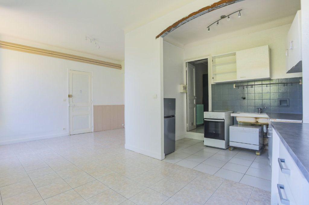 Appartement à louer 1 36.61m2 à Le Cannet vignette-6