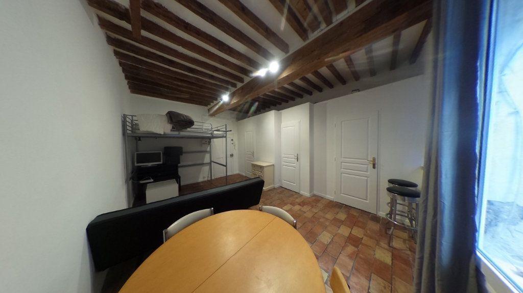 Appartement à louer 1 26.2m2 à Aix-en-Provence vignette-2