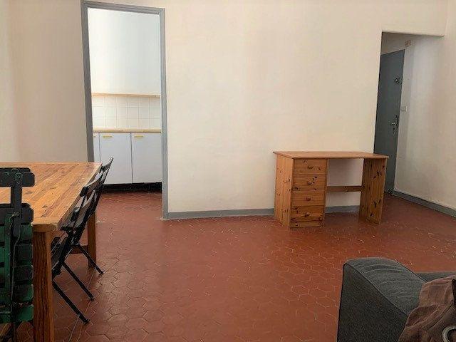 Appartement à louer 2 34.24m2 à Aix-en-Provence vignette-2