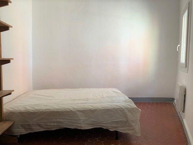 Appartement à louer 2 34.24m2 à Aix-en-Provence vignette-4