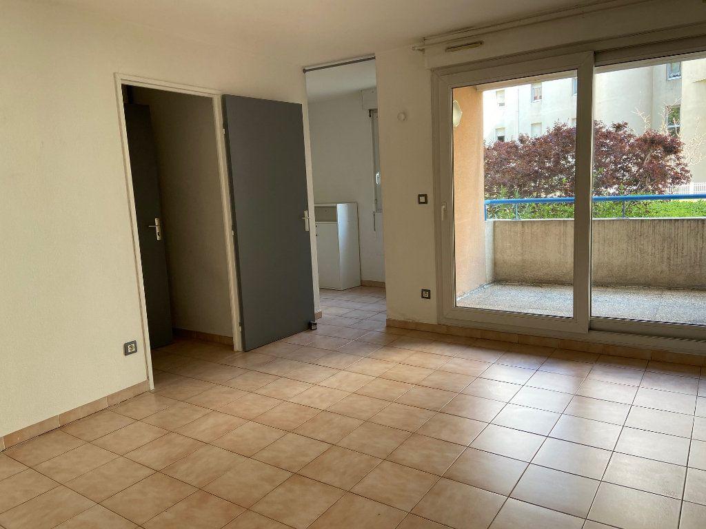 Appartement à louer 1 31.64m2 à Aix-en-Provence vignette-2