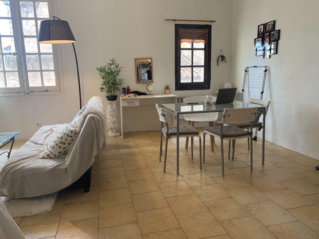 Appartement à louer 1 36.2m2 à Aix-en-Provence vignette-2