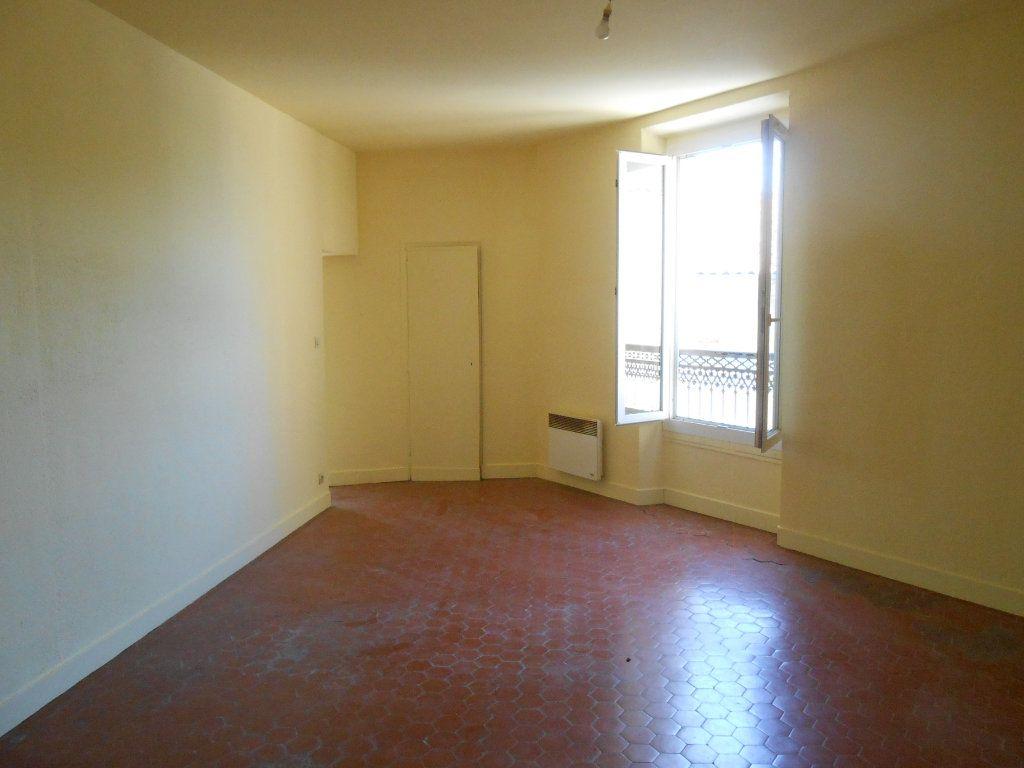 Appartement à louer 2 65.19m2 à Éguilles vignette-5