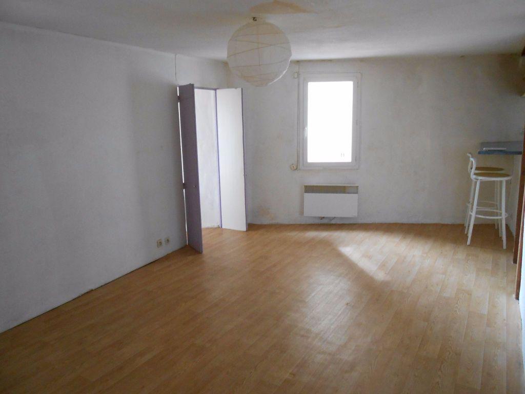Appartement à louer 2 44.26m2 à Éguilles vignette-1