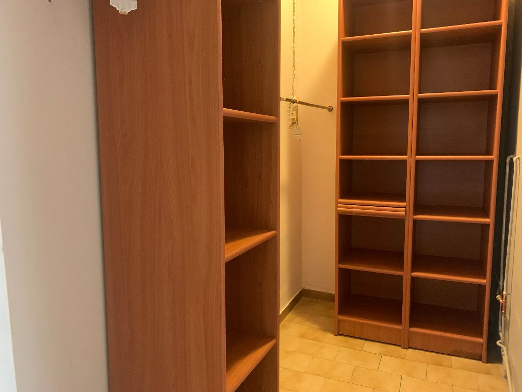 Appartement à louer 4 79.77m2 à Aix-en-Provence vignette-7