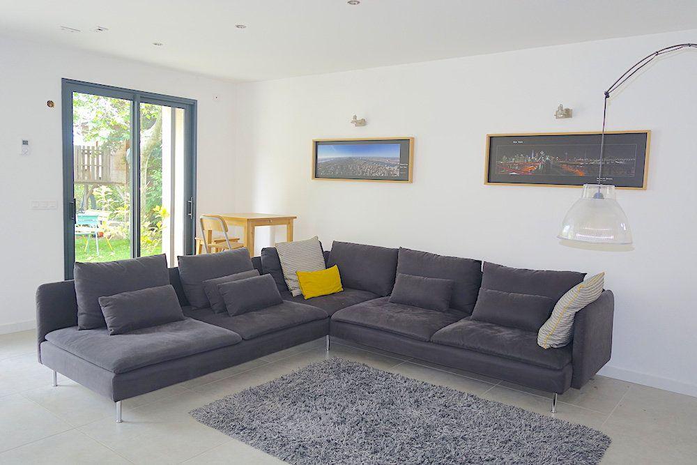 Maison à louer 10 240m2 à Ventabren vignette-3