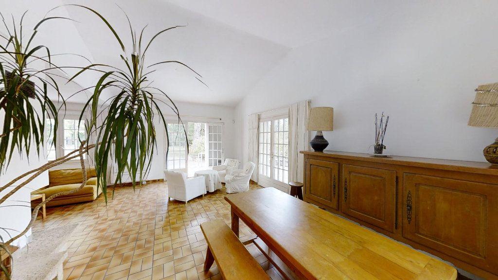 Maison à vendre 5 130m2 à Ventabren vignette-4