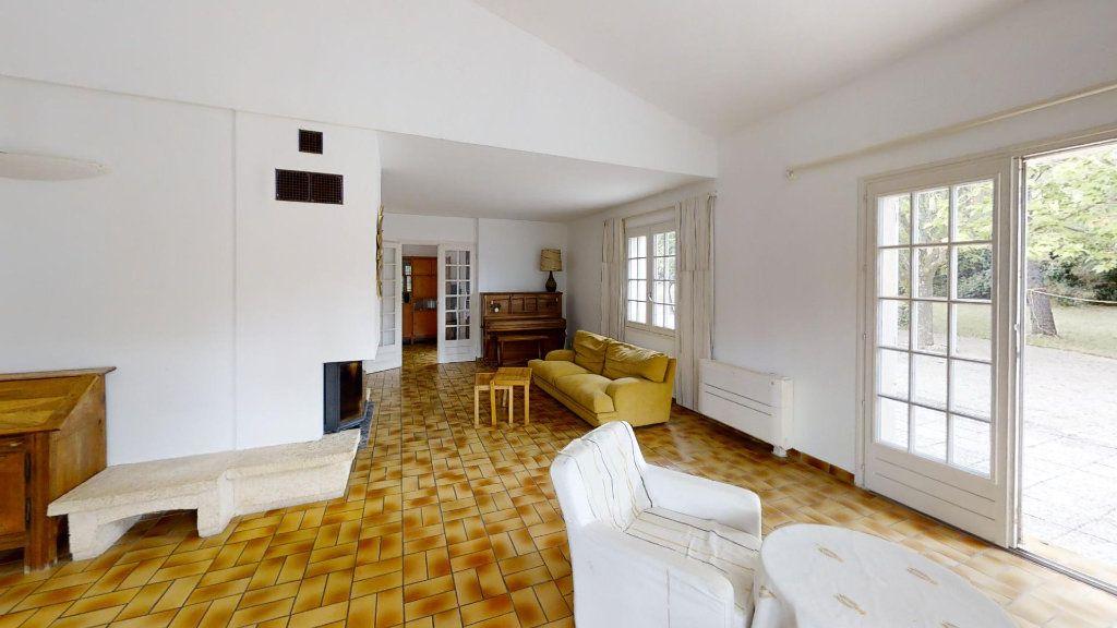 Maison à vendre 5 130m2 à Ventabren vignette-5