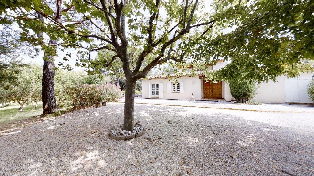 Maison à vendre 5 130m2 à Ventabren vignette-6
