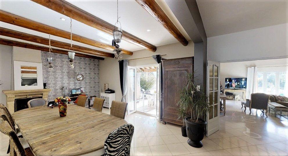 Maison à vendre 9 306m2 à Lançon-Provence vignette-3
