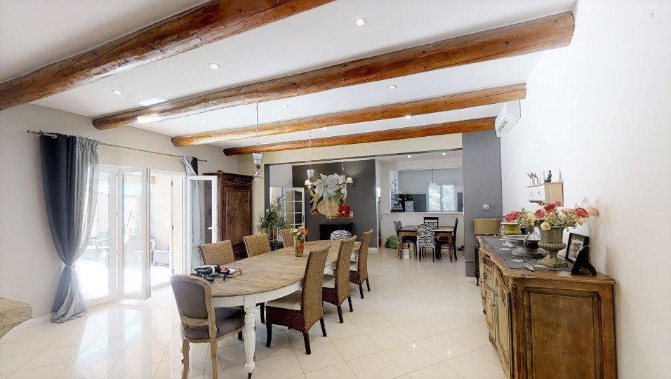Maison à vendre 9 306m2 à Lançon-Provence vignette-4