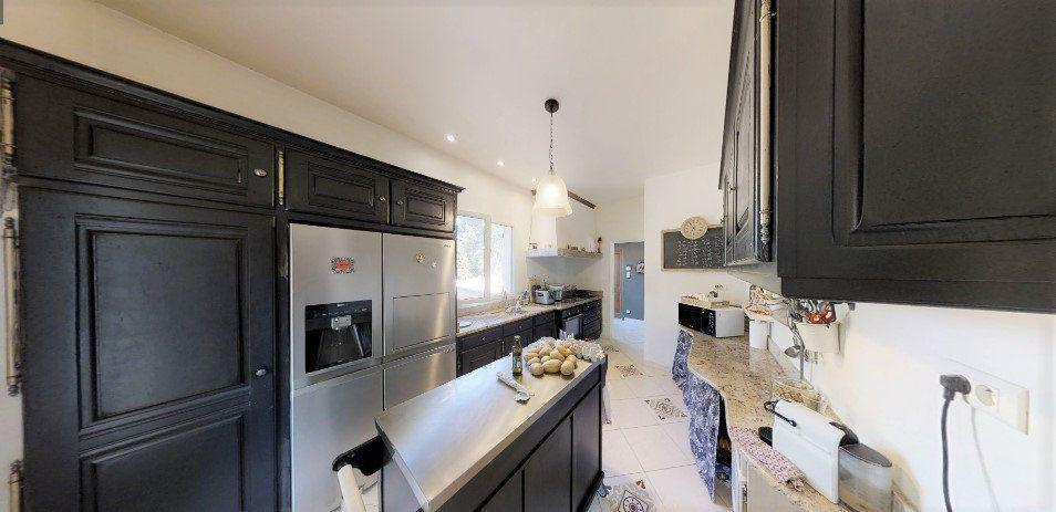 Maison à vendre 9 306m2 à Lançon-Provence vignette-5