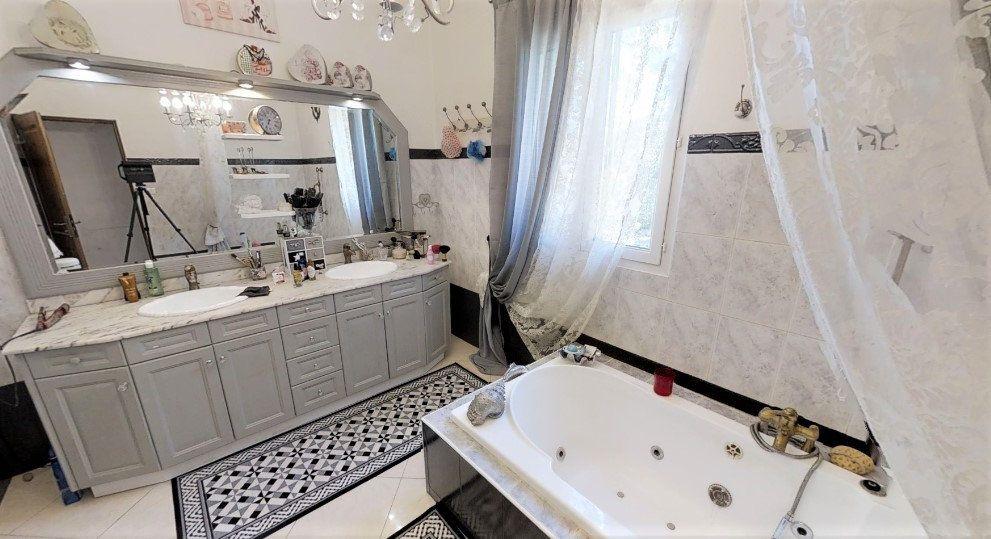 Maison à vendre 9 306m2 à Lançon-Provence vignette-8