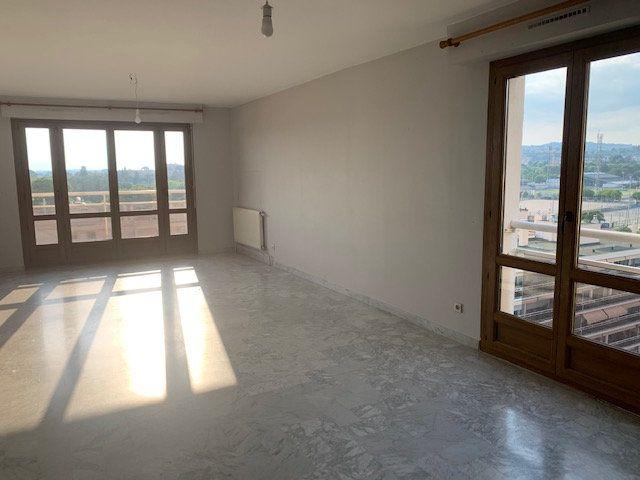 Appartement à vendre 4 95m2 à Aix-en-Provence vignette-3
