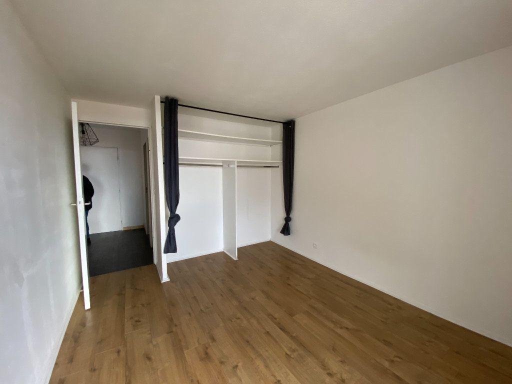 Appartement à louer 3 70.5m2 à Éguilles vignette-8