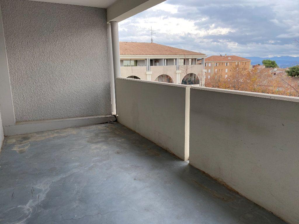 Appartement à louer 3 70.5m2 à Éguilles vignette-13
