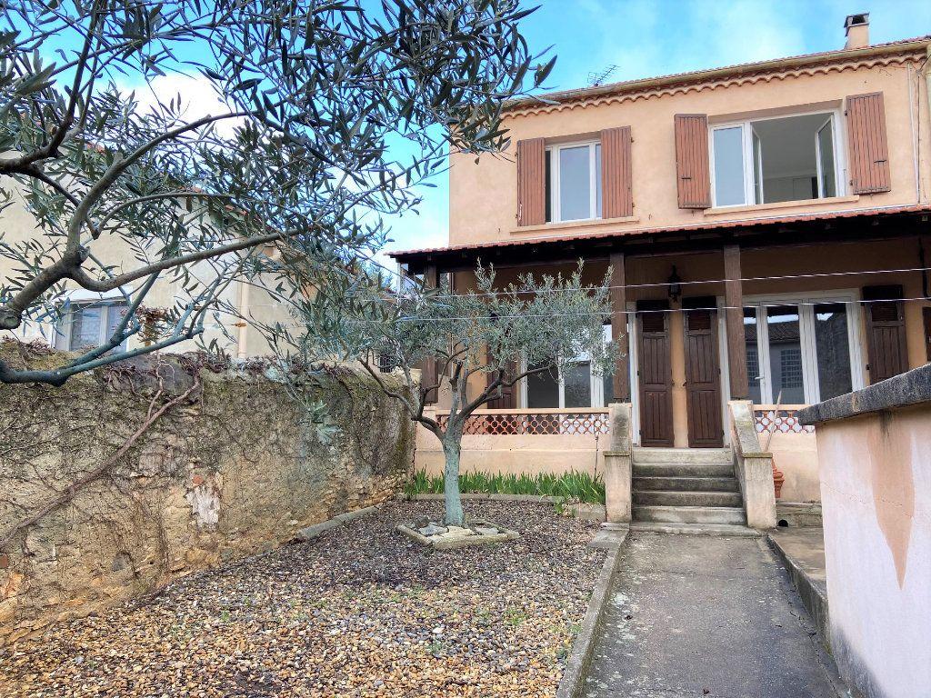 Maison à louer 3 89.05m2 à La Fare-les-Oliviers vignette-1