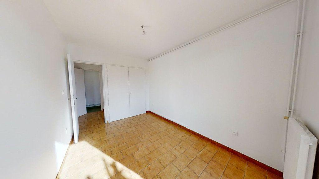 Maison à vendre 5 94.31m2 à Aix-en-Provence vignette-4