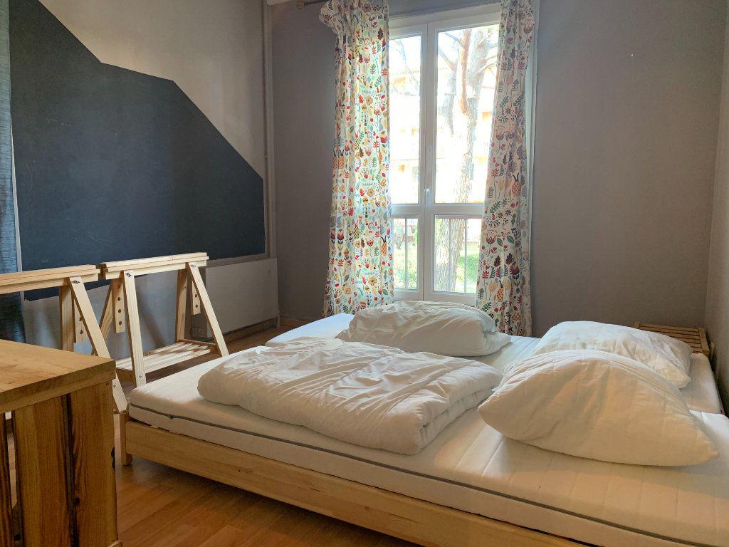 Appartement à louer 3 83.61m2 à Aix-en-Provence vignette-5