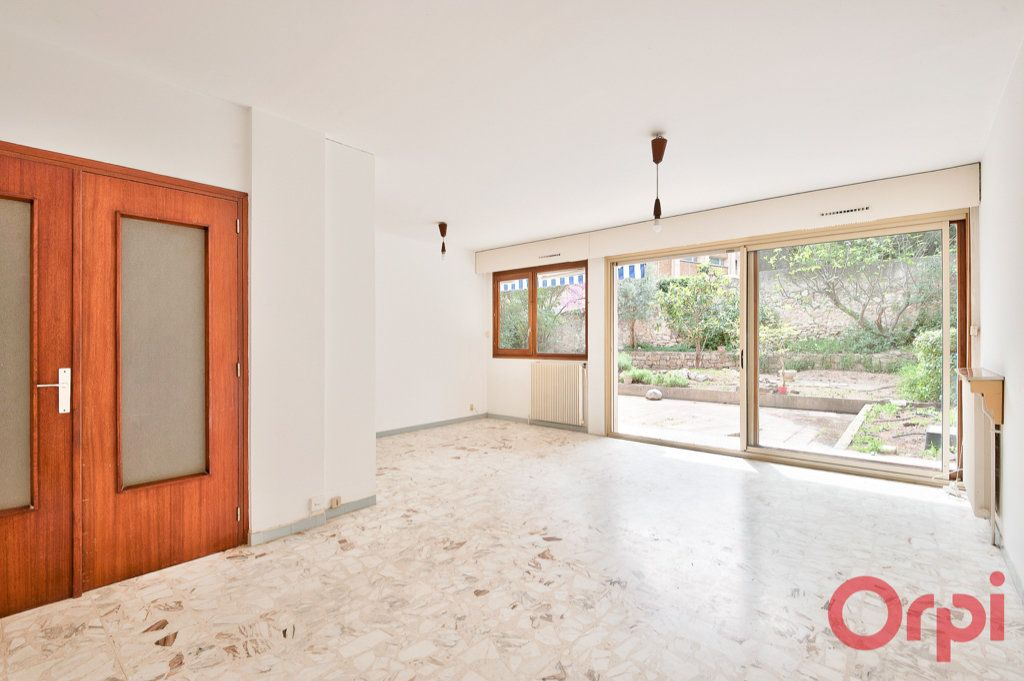 Appartement à vendre 6 123.4m2 à Aix-en-Provence vignette-2
