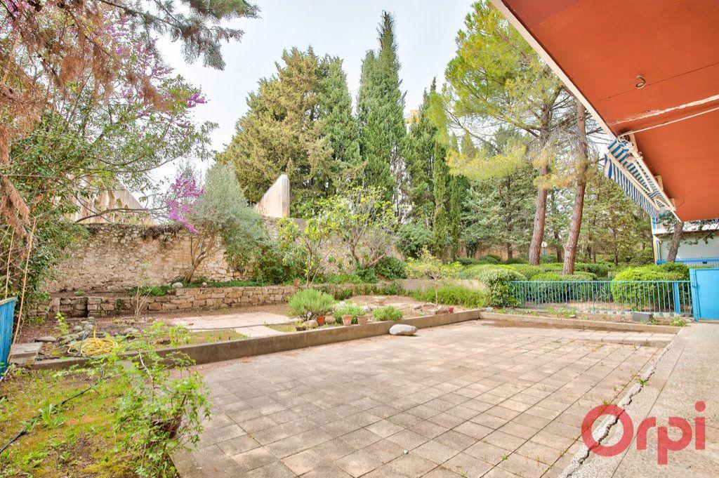 Appartement à vendre 6 123.4m2 à Aix-en-Provence vignette-3