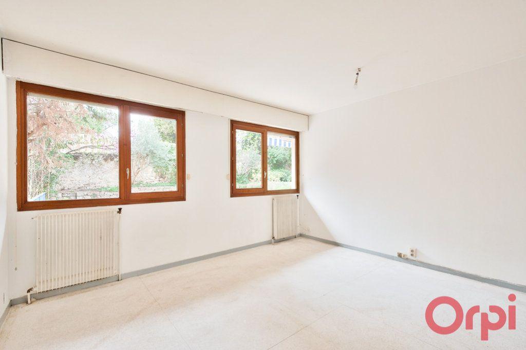Appartement à vendre 6 123.4m2 à Aix-en-Provence vignette-5
