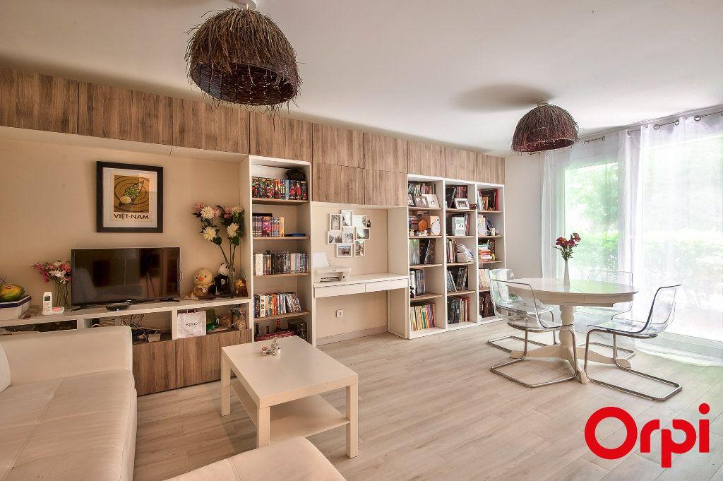 Appartement à vendre 2 46m2 à Aix-en-Provence vignette-1