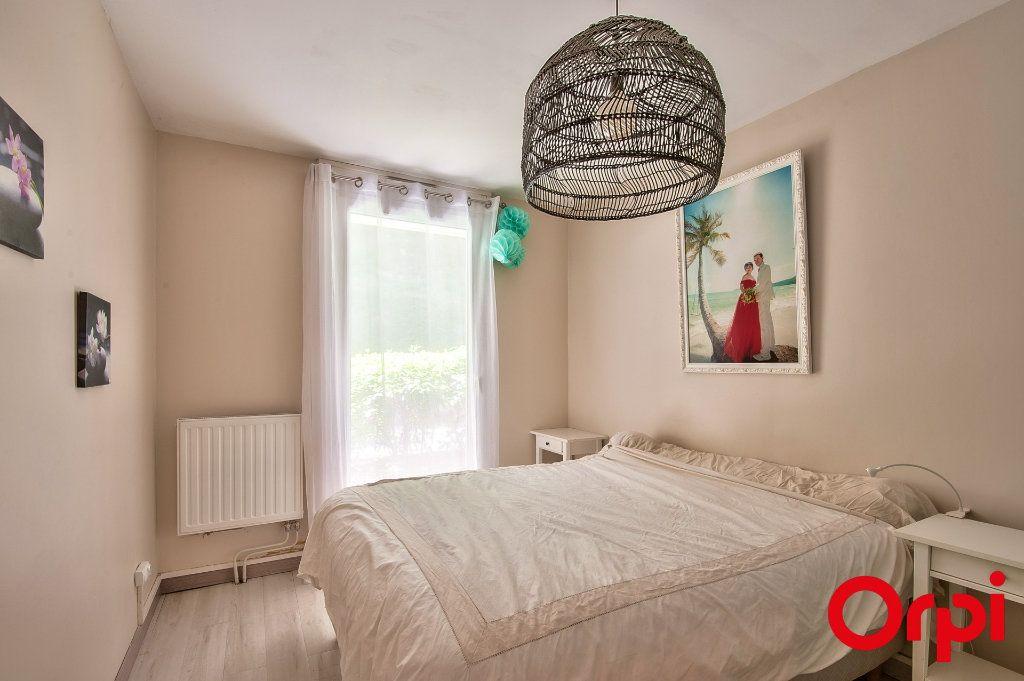 Appartement à vendre 2 46m2 à Aix-en-Provence vignette-3