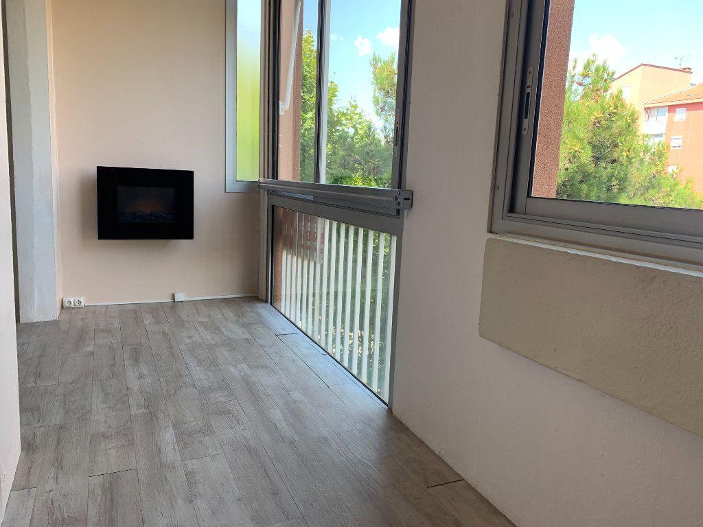 Appartement à louer 4 85.05m2 à Aix-en-Provence vignette-5