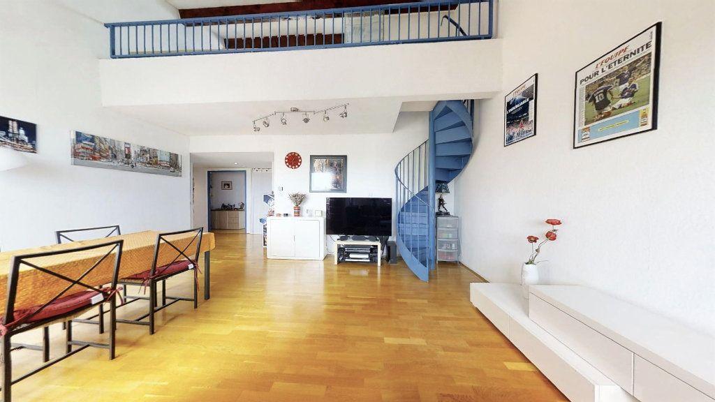 Appartement à vendre 6 120m2 à Aix-en-Provence vignette-1