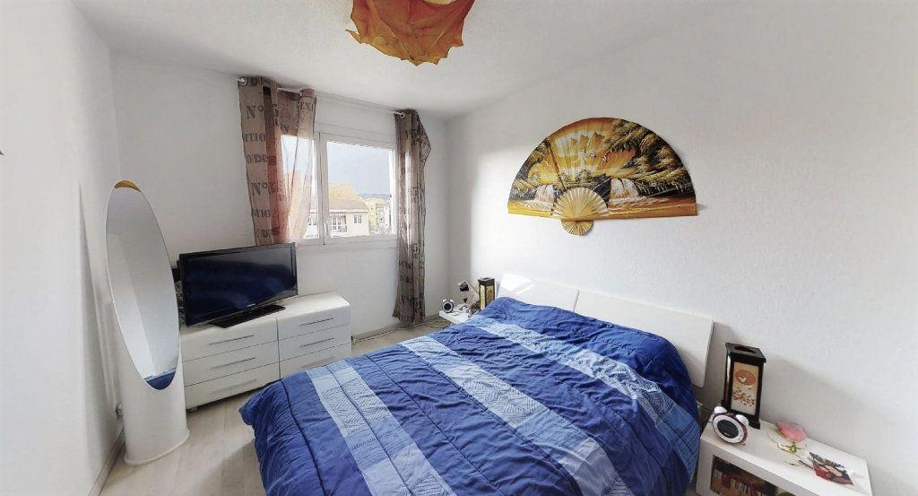 Appartement à vendre 6 120m2 à Aix-en-Provence vignette-3