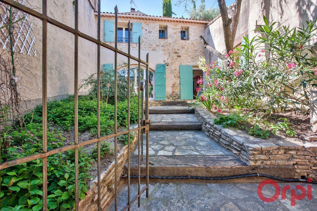 Maison à vendre 5 108m2 à La Motte-d'Aigues vignette-1
