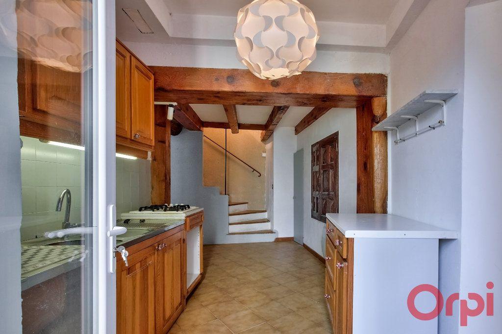 Maison à vendre 5 108m2 à La Motte-d'Aigues vignette-2