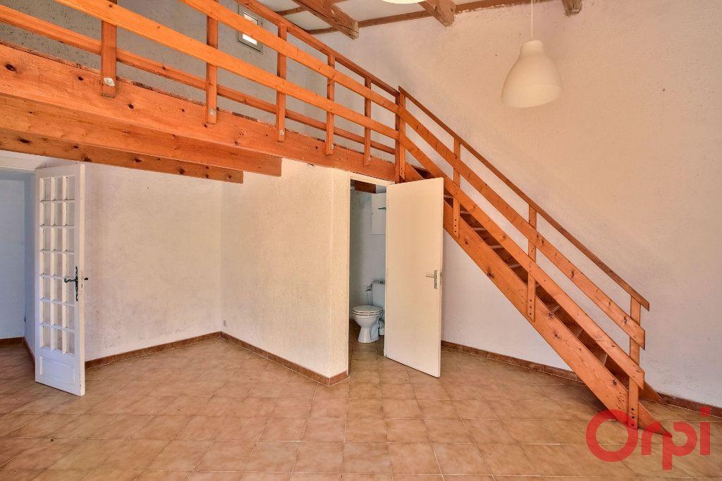 Maison à vendre 5 108m2 à La Motte-d'Aigues vignette-6