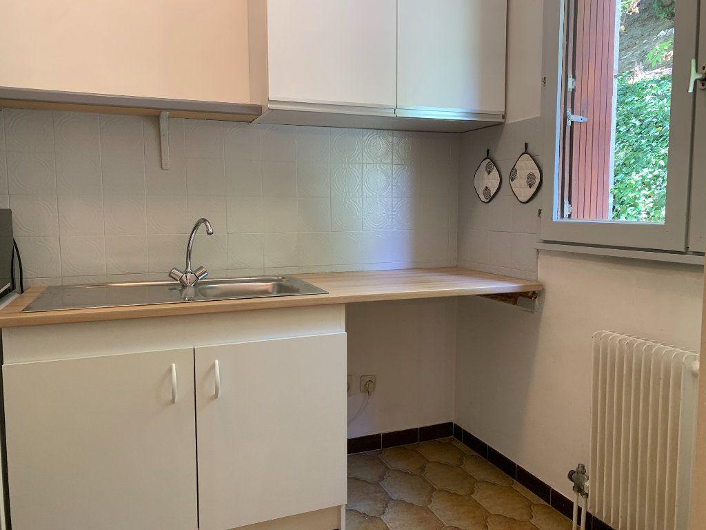 Appartement à louer 1 34.63m2 à Aix-en-Provence vignette-2