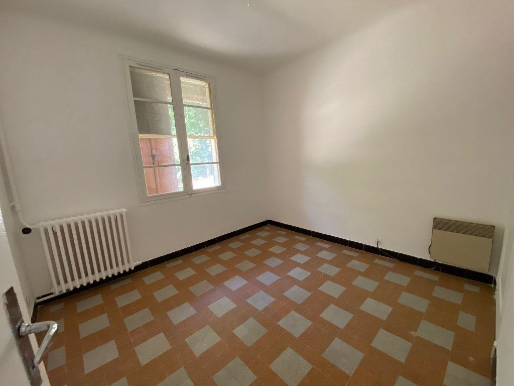 Maison à louer 4 81.35m2 à Éguilles vignette-8
