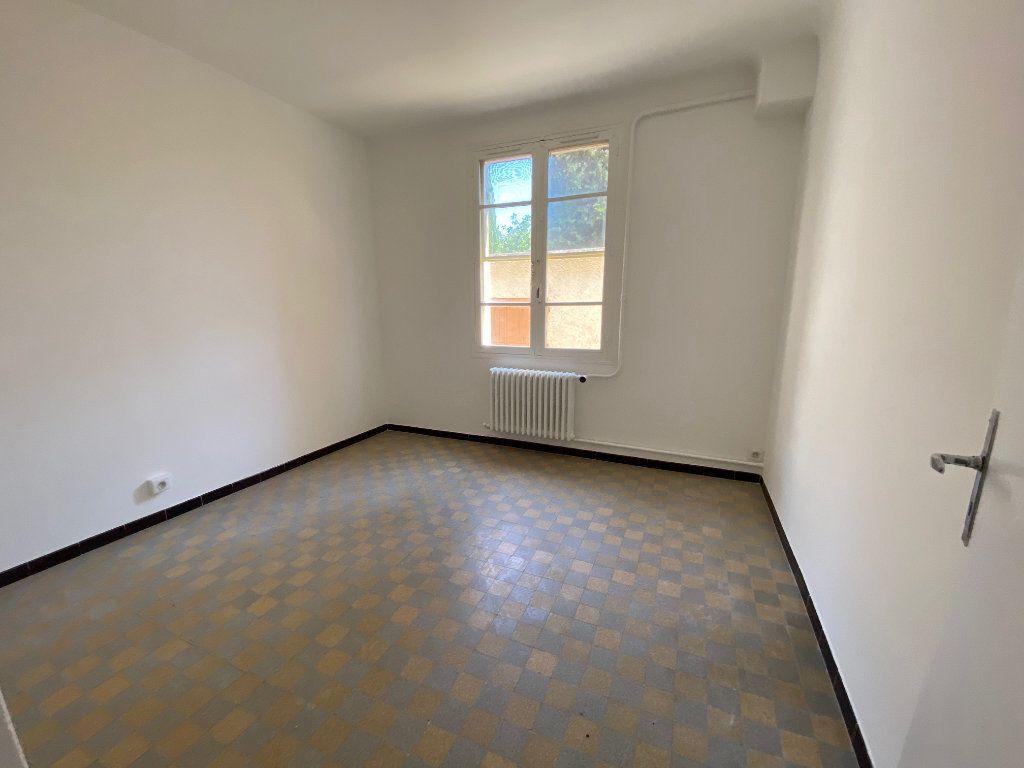 Maison à louer 4 81.35m2 à Éguilles vignette-9