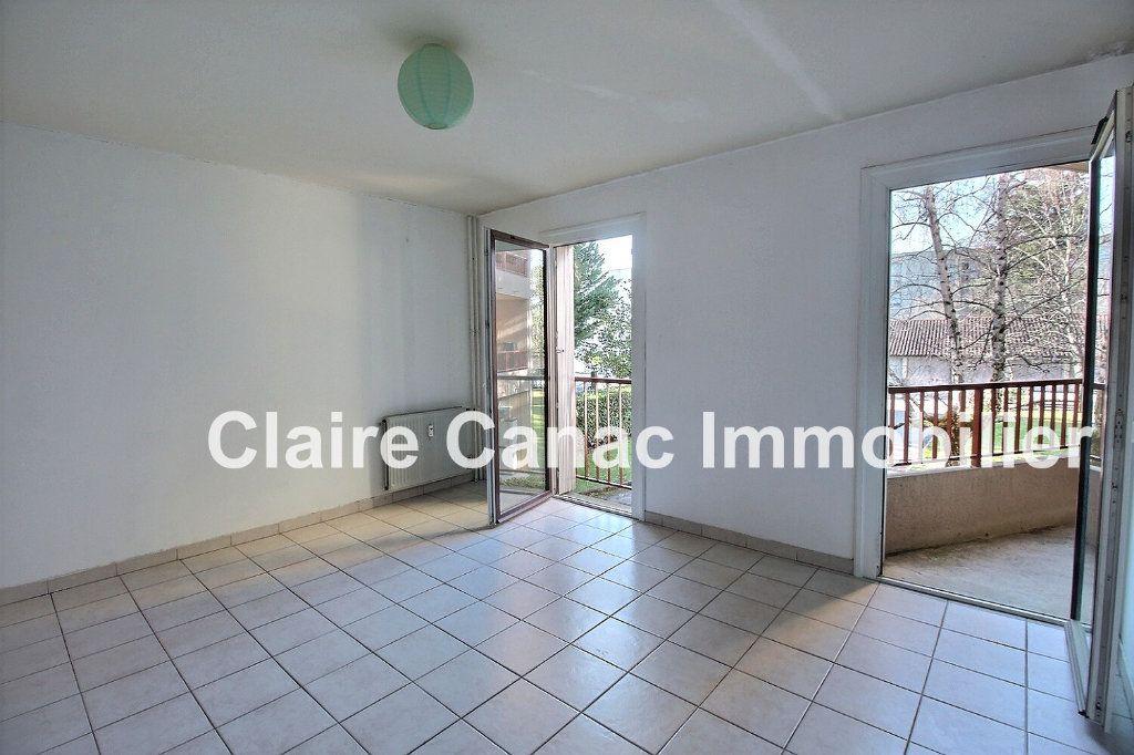 Appartement à louer 2 39.66m2 à Castres vignette-1