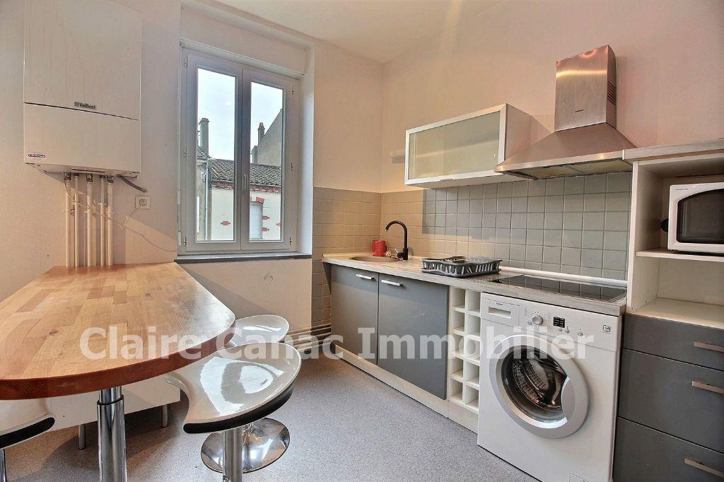 Appartement à louer 3 56.9m2 à Castres vignette-2
