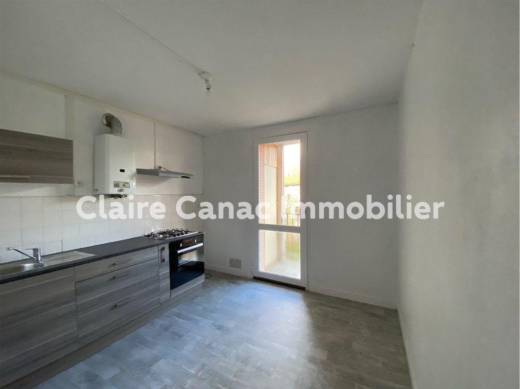 Appartement à louer 3 70m2 à Castres vignette-1