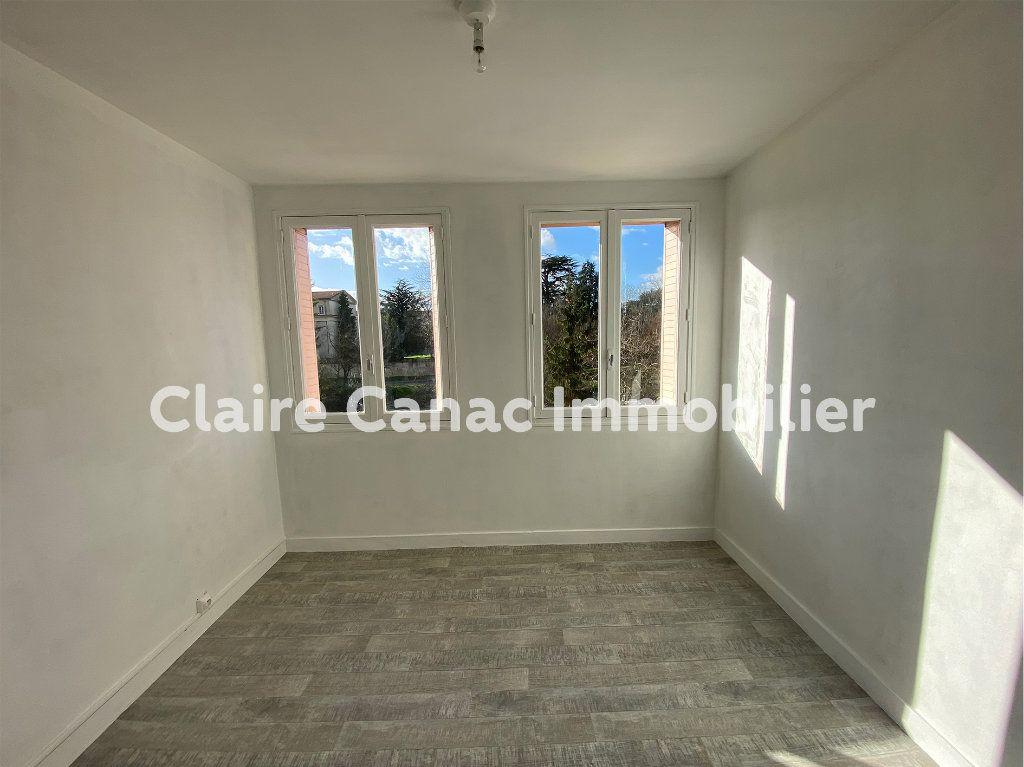 Appartement à louer 3 70m2 à Castres vignette-3