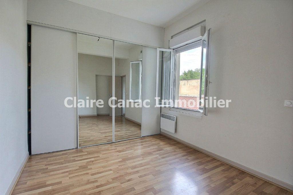 Appartement à louer 2 61m2 à Castres vignette-2