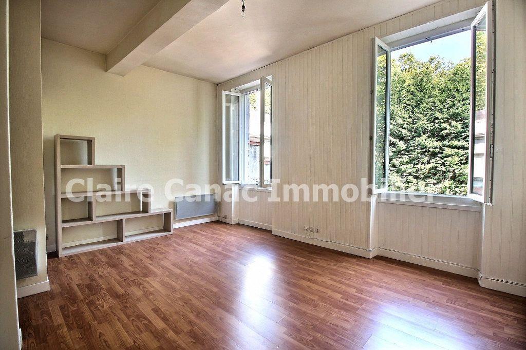 Appartement à louer 1 26.78m2 à Castres vignette-1
