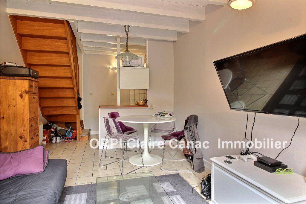 Maison à louer 2 30m2 à Lavaur vignette-1